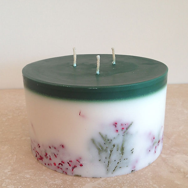 evergreen and spice candle