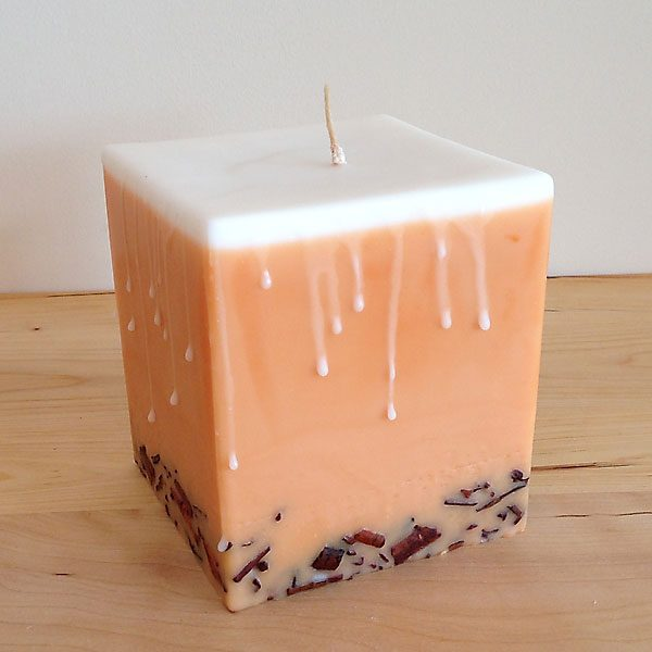 spiced pumpkin scented candle
