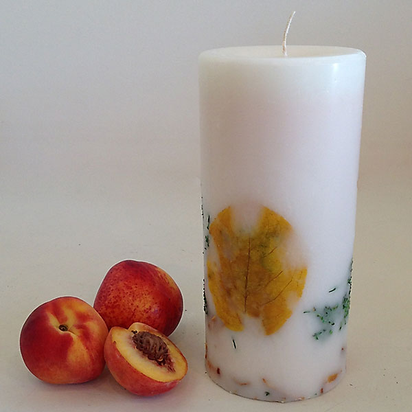 White Peach 4.5x9.5 handmade candle