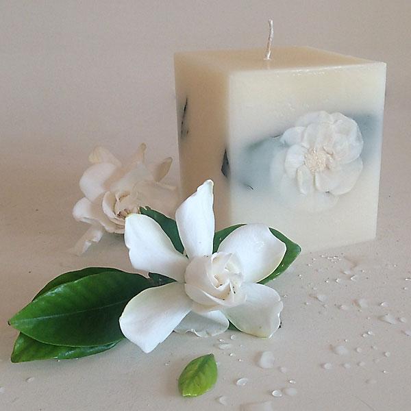 Gardenia Rain 4x4.5 Square scented candle