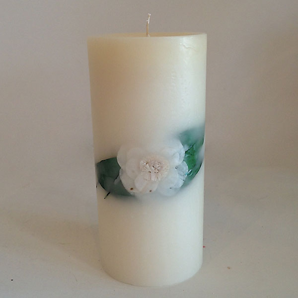Gardenia Rain 4.5x9.5 Round scented candle