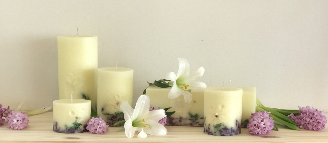 white lily and lilac scented candles